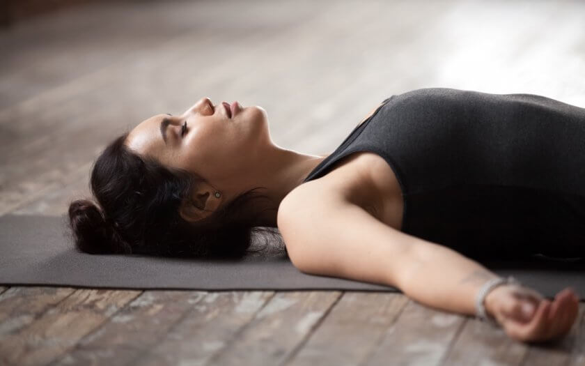 entspannungsuebungen-zur-stressbewaeltigung