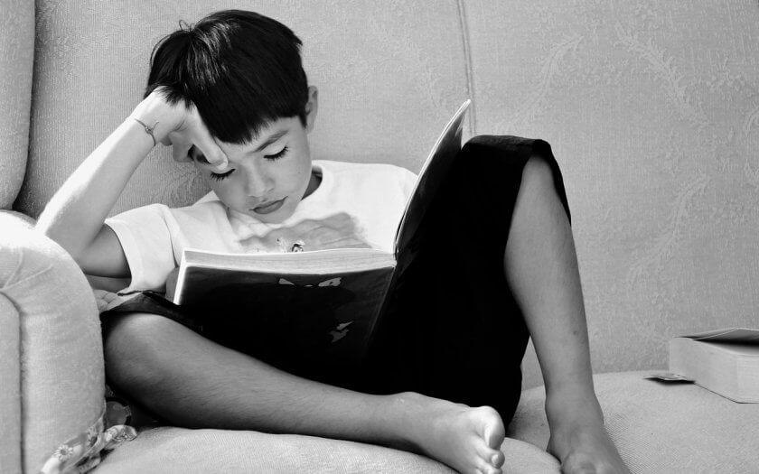 el estrés de la escuela a través de la alta aptitud